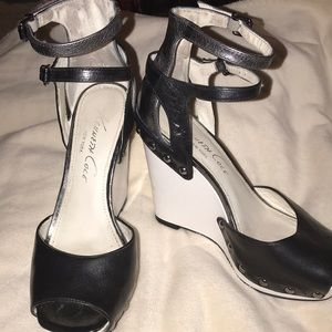 Kenneth Cole New York double strap wedges